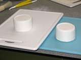 more white sugarpaste on cakes for cups