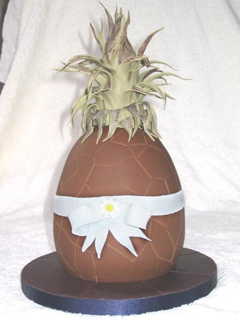 Easter 2006 - Pine-egg-le Cake