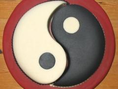 Yin Yang Cake