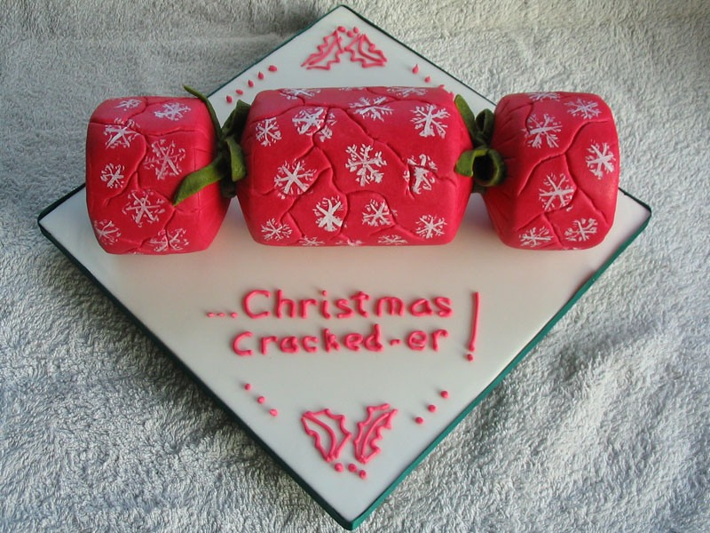 Xmas2019-Christmas Cracked-er!